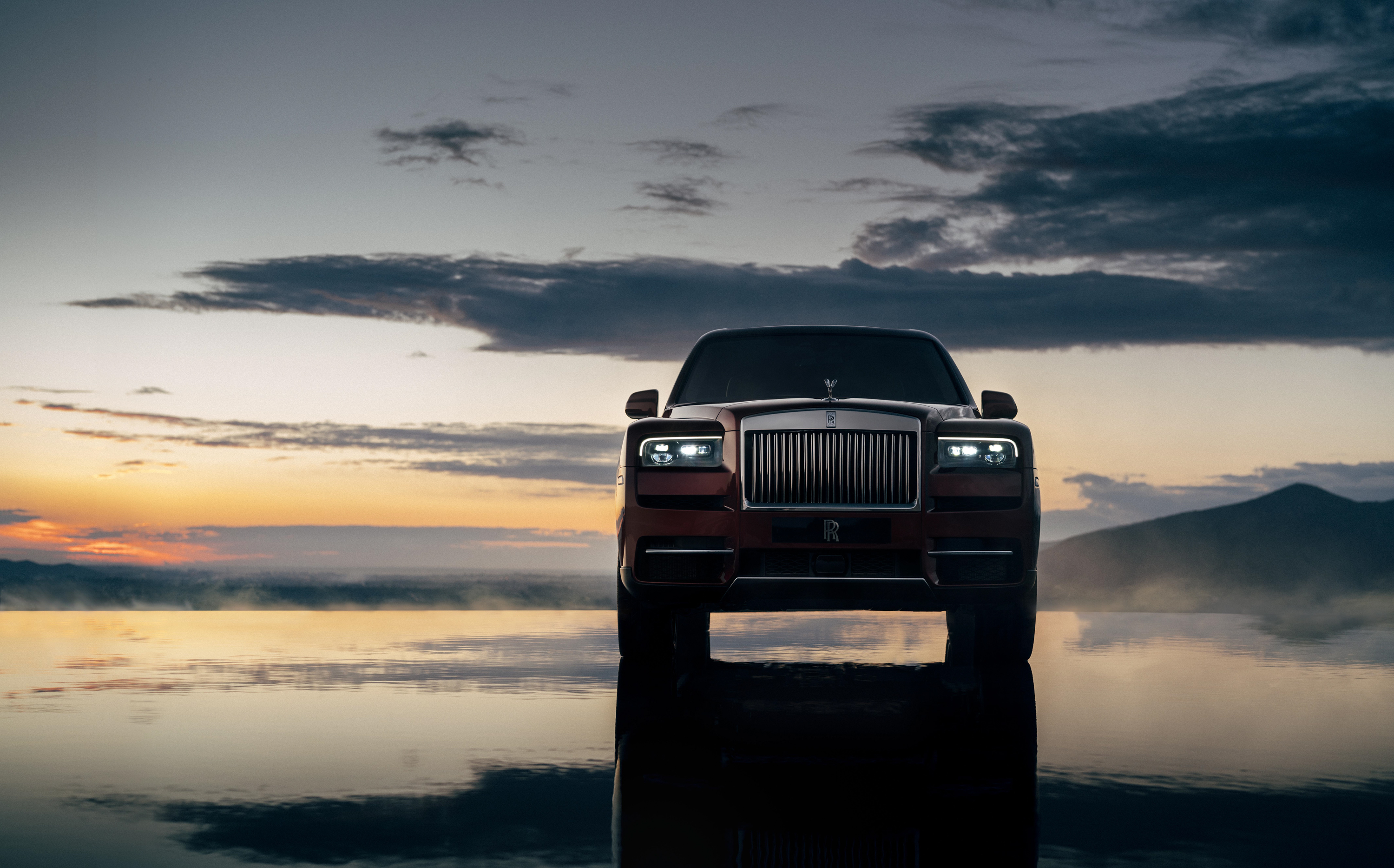Wallpaper Of The Day 2019 Rolls Royce Cullinan Top Speed
