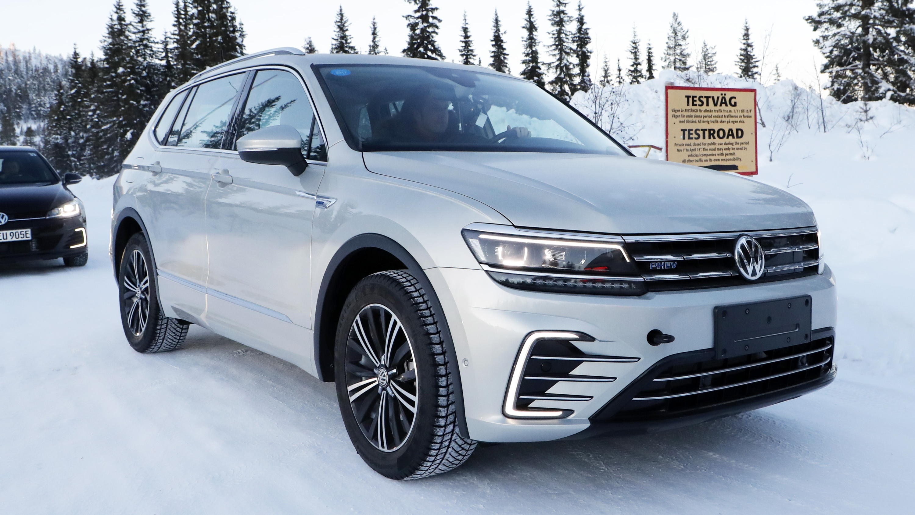 2019 volkswagen tiguan phev gte top speed. Black Bedroom Furniture Sets. Home Design Ideas