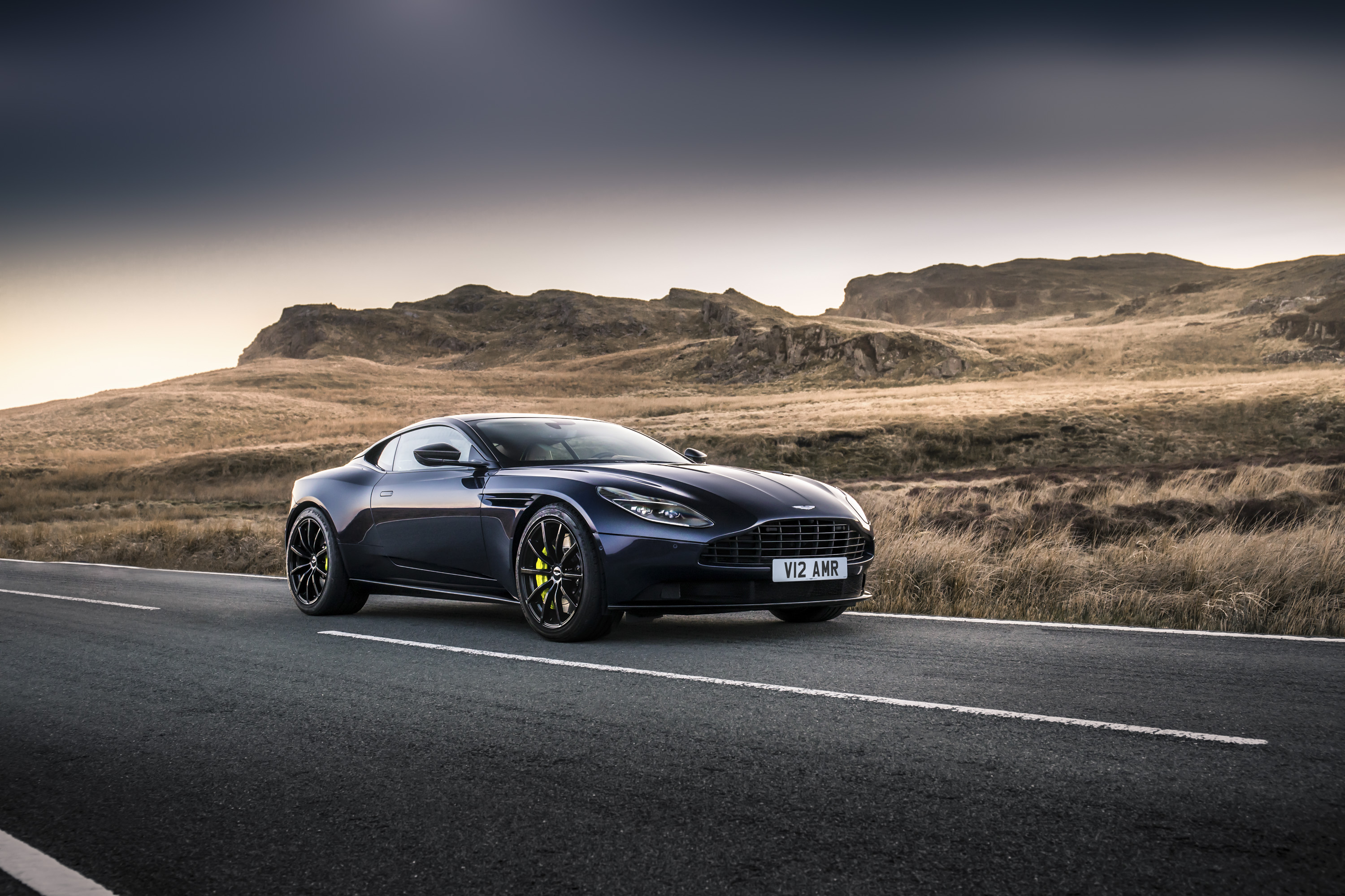 2019 Aston Martin Db11 Amr Top Speed