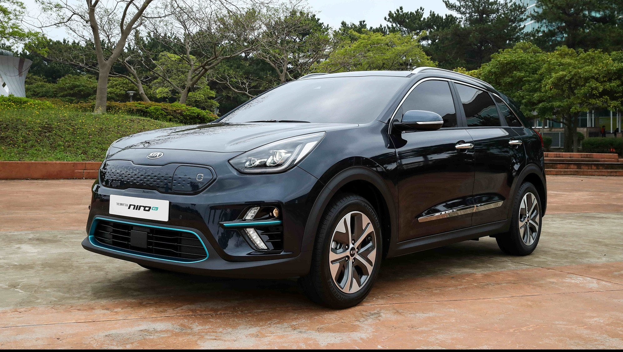 kia unveils electric niro ev pictures  wallpapers top speed