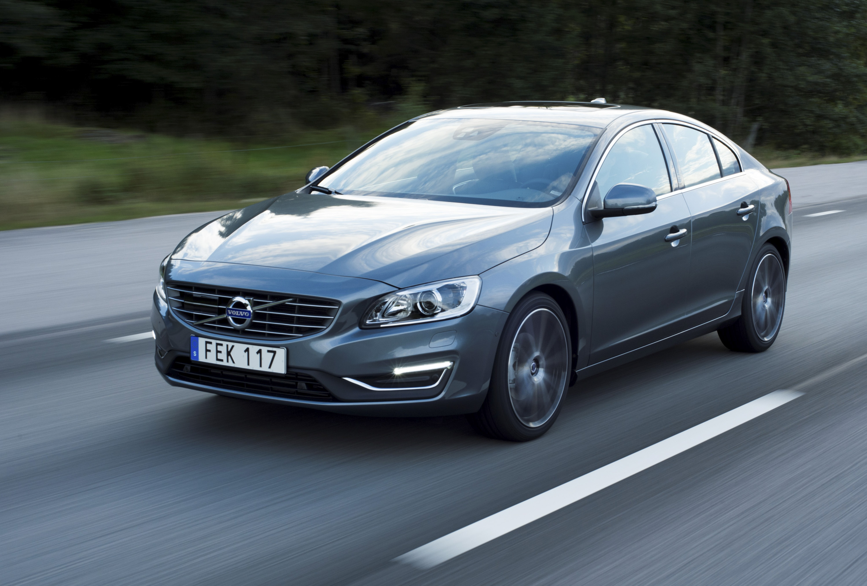volvo cc cross sedan for detroit country first