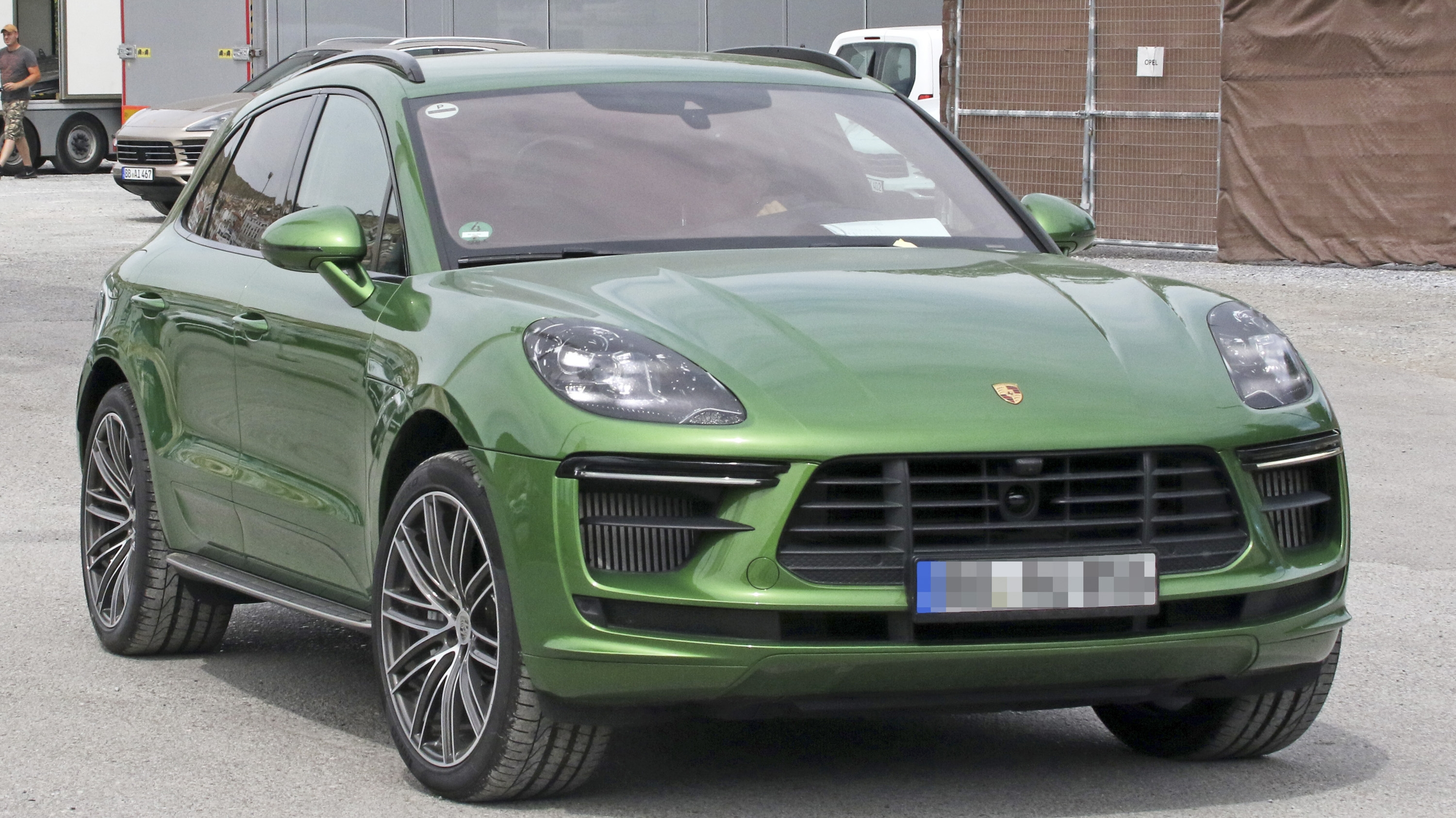 2018 porsche macan top speed. Black Bedroom Furniture Sets. Home Design Ideas