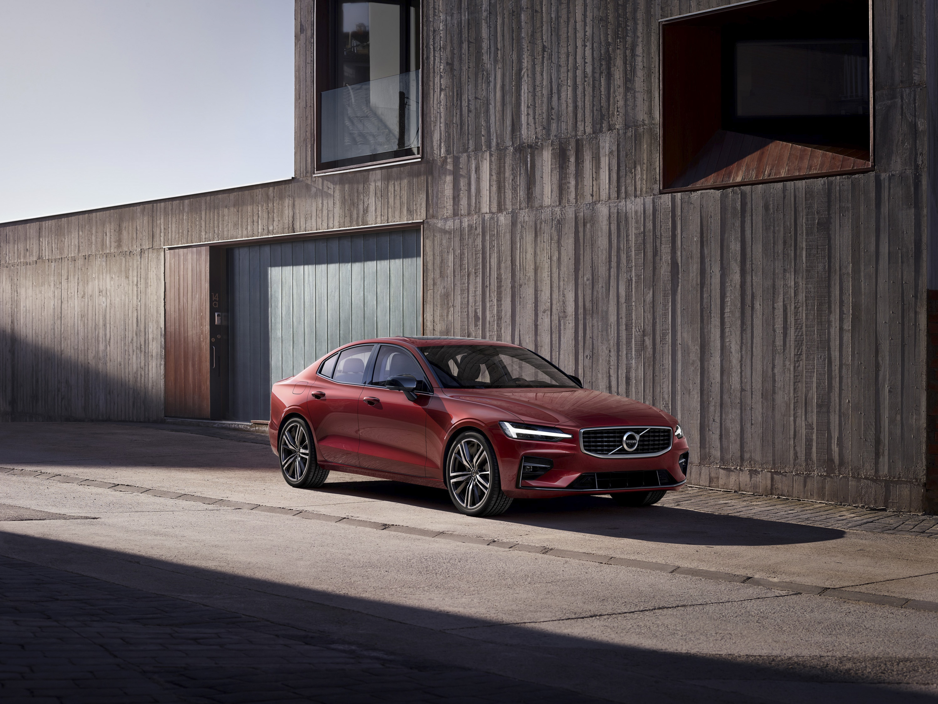 5 Must-Know Facts About The 2019 Volvo S60 | Top Speed