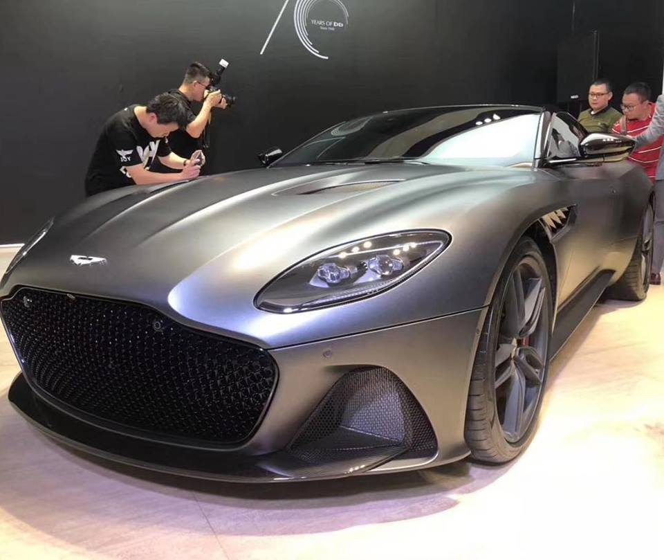 Leaked The Aston Martin Dbs Superleggera Shows Its Stunning Body At