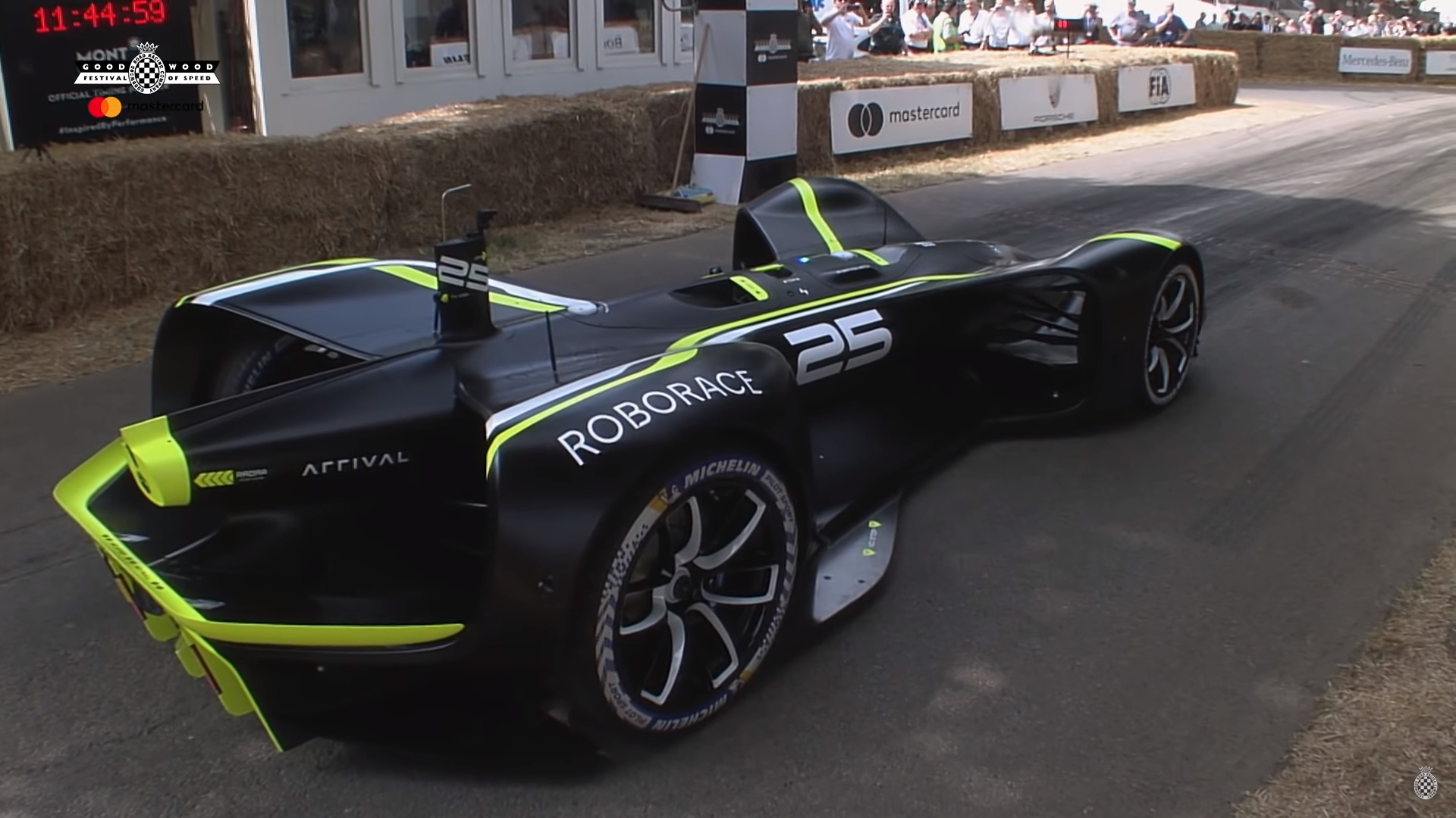 Best Used Sports Cars >> Roborace DevBot Completes Goodwood Hillclimb Without A Driver (Video) | Top Speed