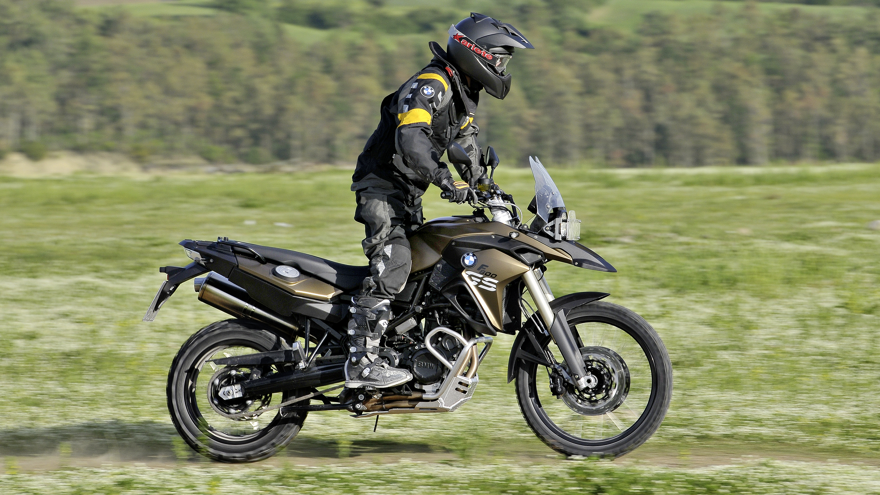 2015 2018 bmw f 800 gs f 800 gs adventure top speed. Black Bedroom Furniture Sets. Home Design Ideas