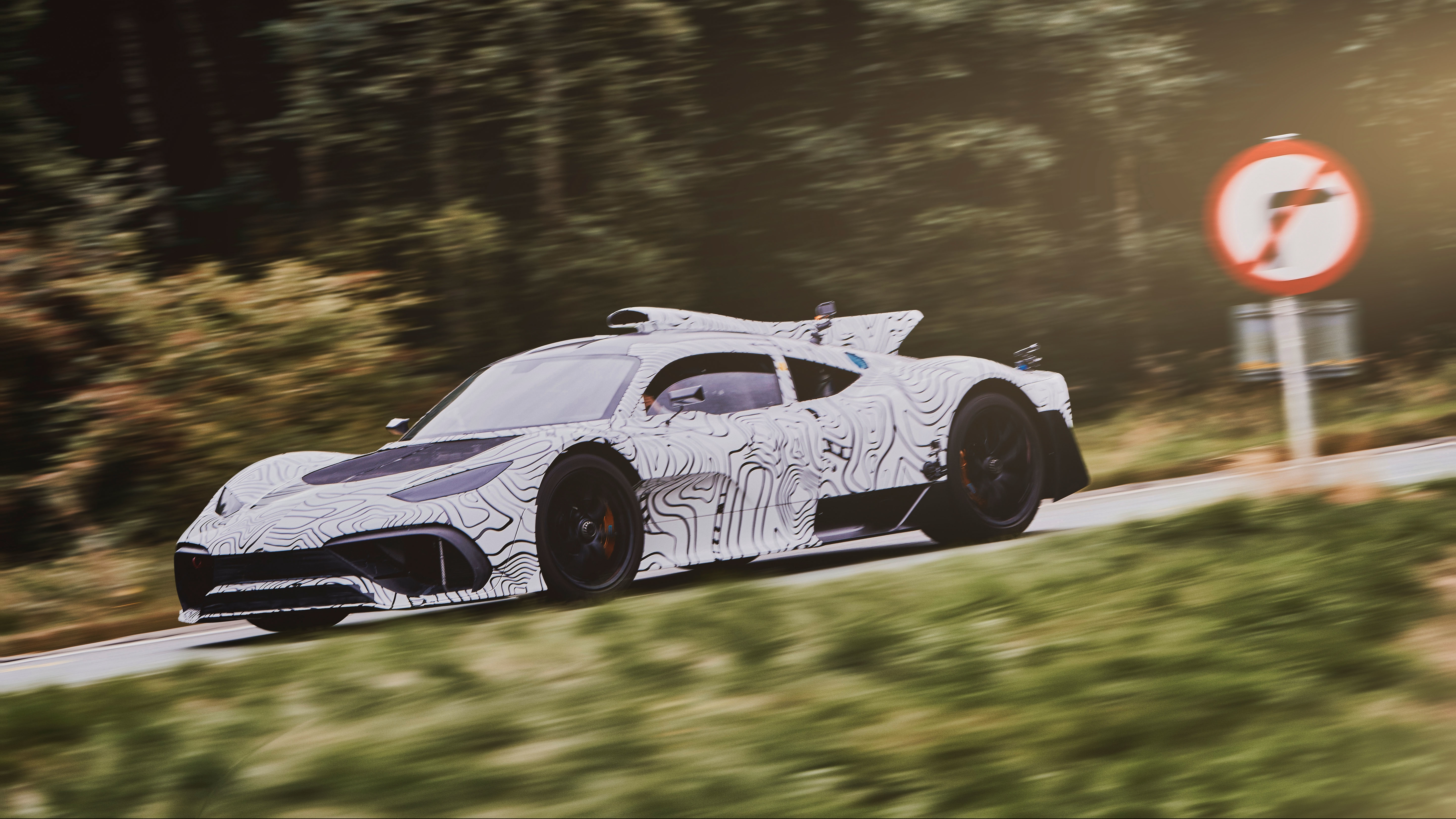 Everything We Know About The Mercedes-AMG Project One @ Top Speed