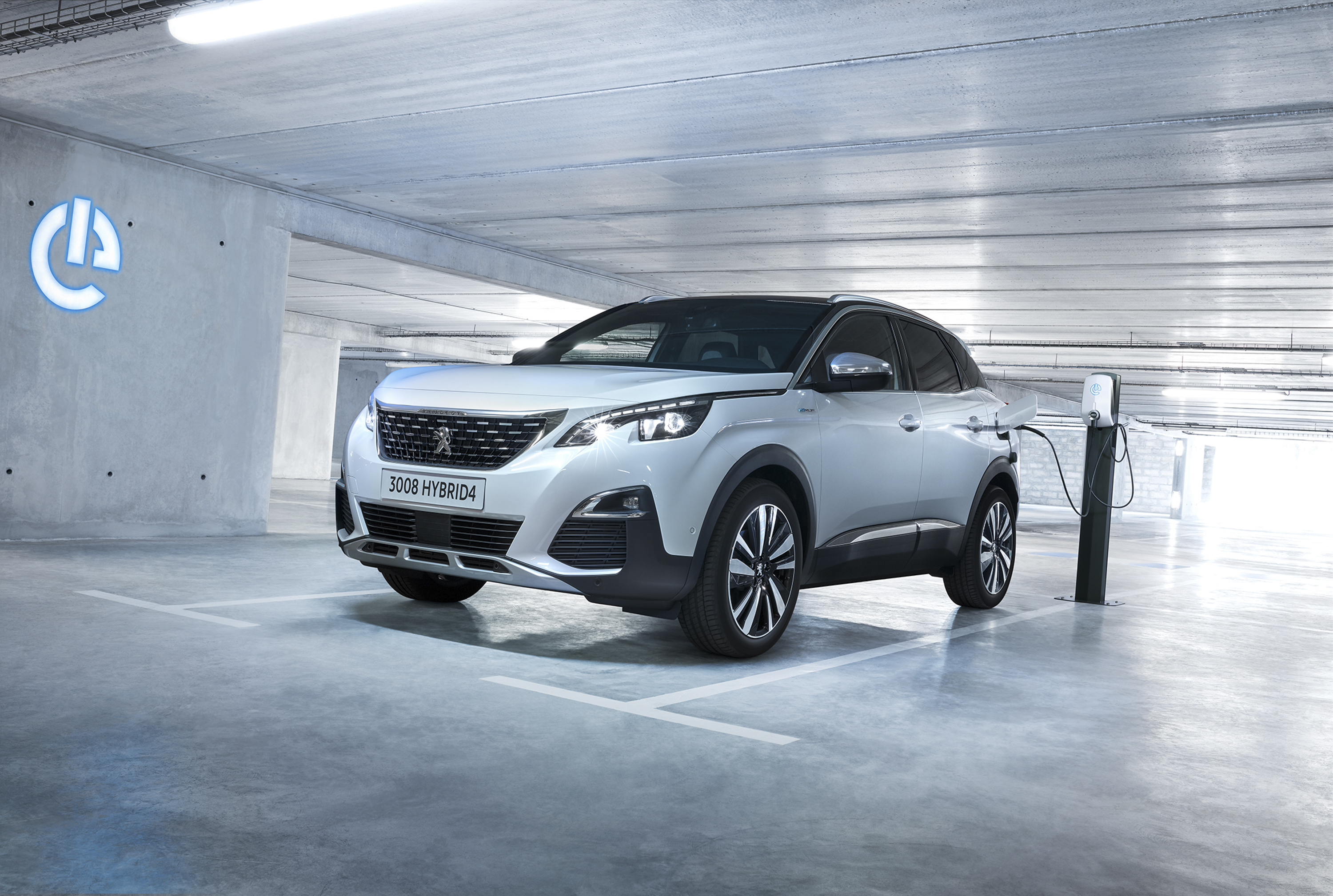peugeot launches a new plug in hybrid engine range for the 3008 and rh topspeed com