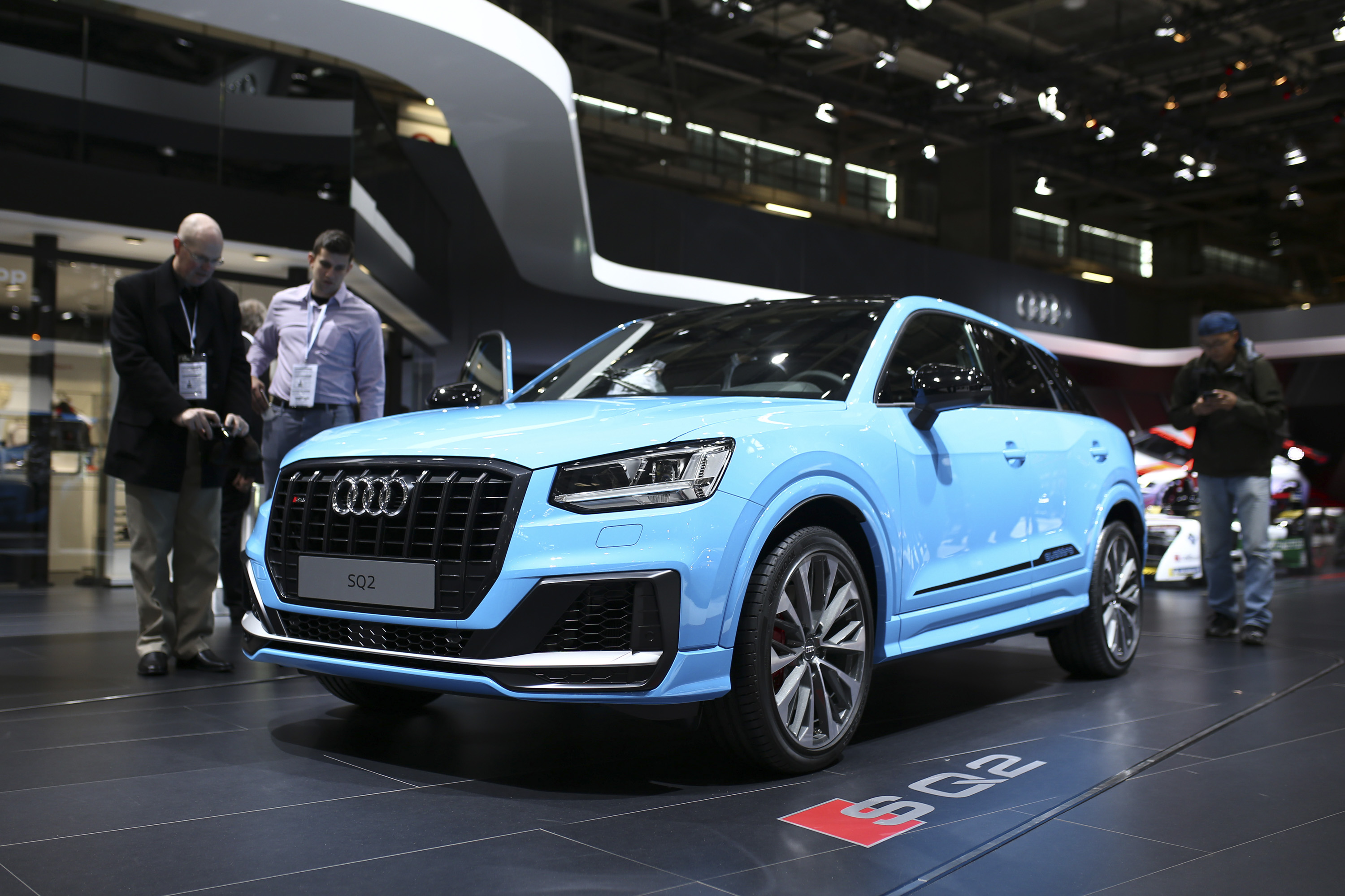 2019 audi sq2 pictures photos wallpapers top speed. Black Bedroom Furniture Sets. Home Design Ideas