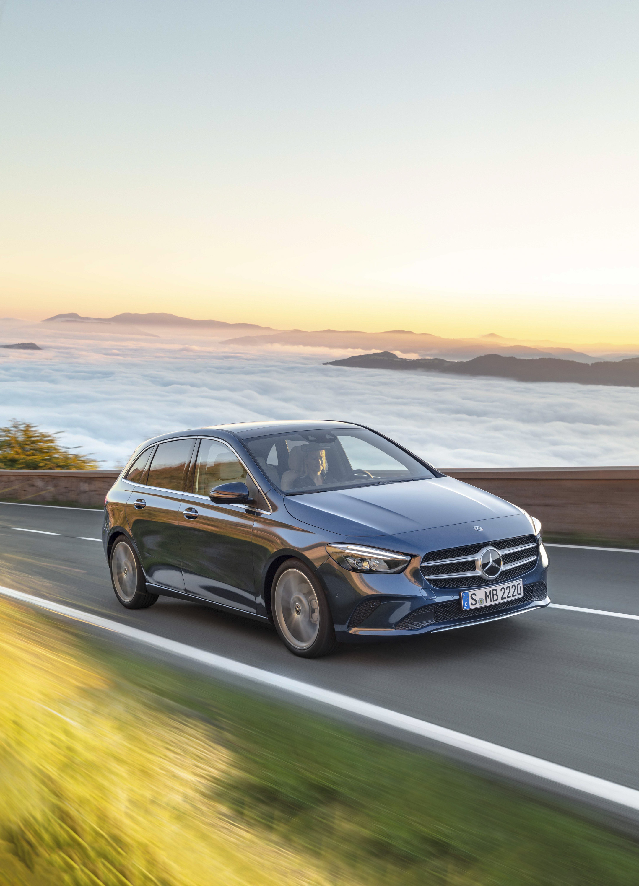 2019 Mercedes-Benz B-Class Pictures, Photos, Wallpapers ...