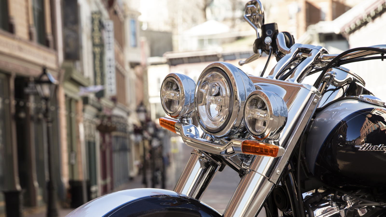 2018 - 2019 Harley-Davidson Softail Deluxe | Top Speed