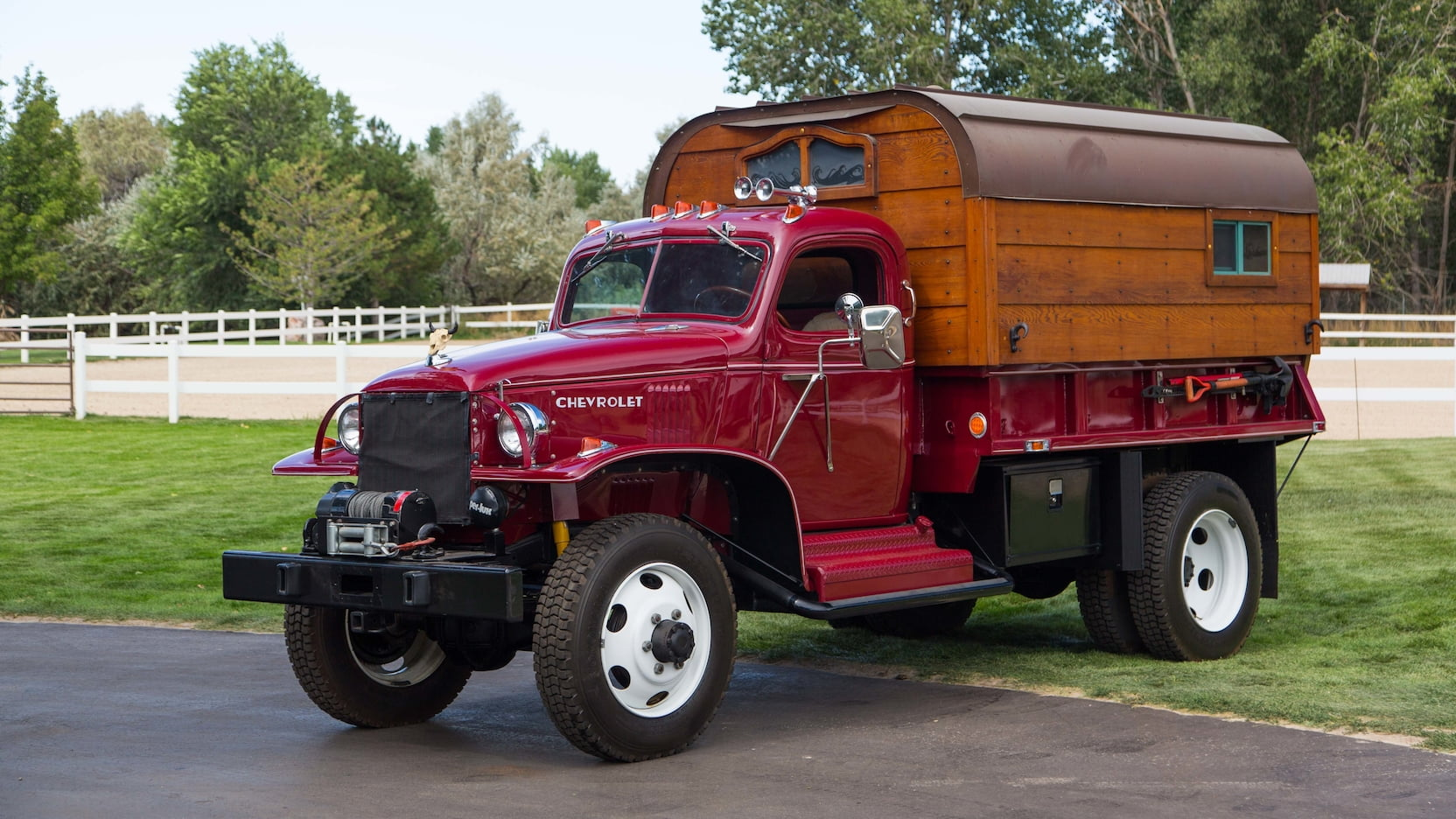 Someone Is Auctioning Off A 1942 Wwii Army Truck Turned Camper Chevy Seat Top Speed
