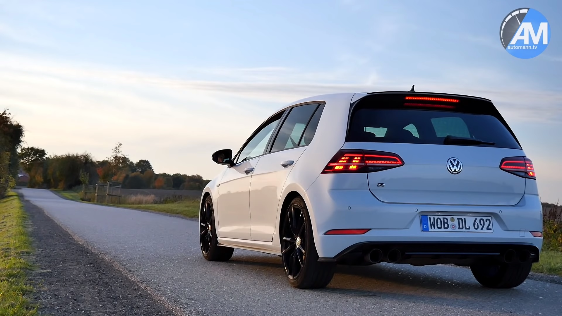 Watch A Golf 7 R Performance Pack Max Out At 163 Mph Top Speed