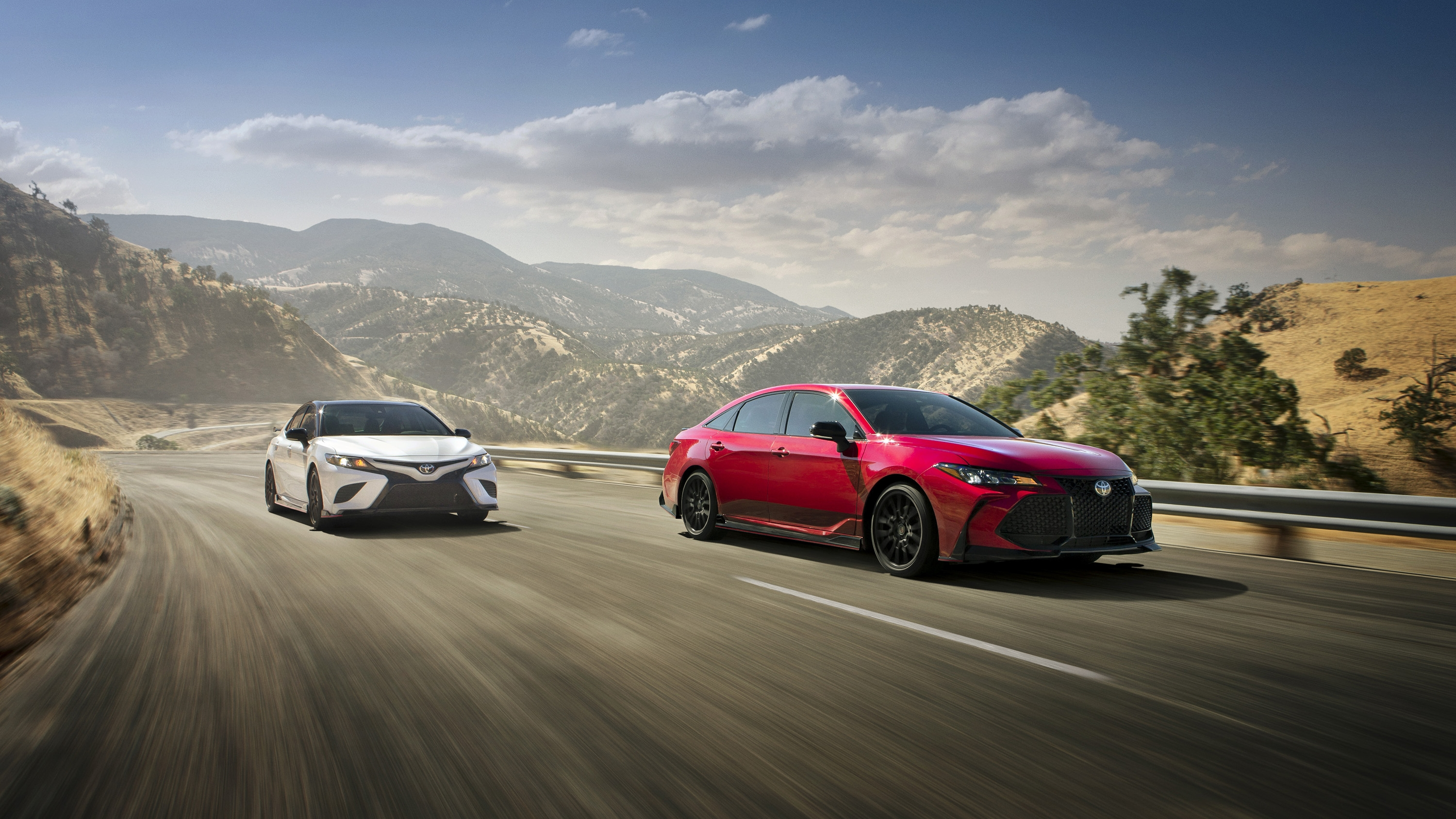 2020 Toyota Avalon Trd And Camry Trd Pictures Photos