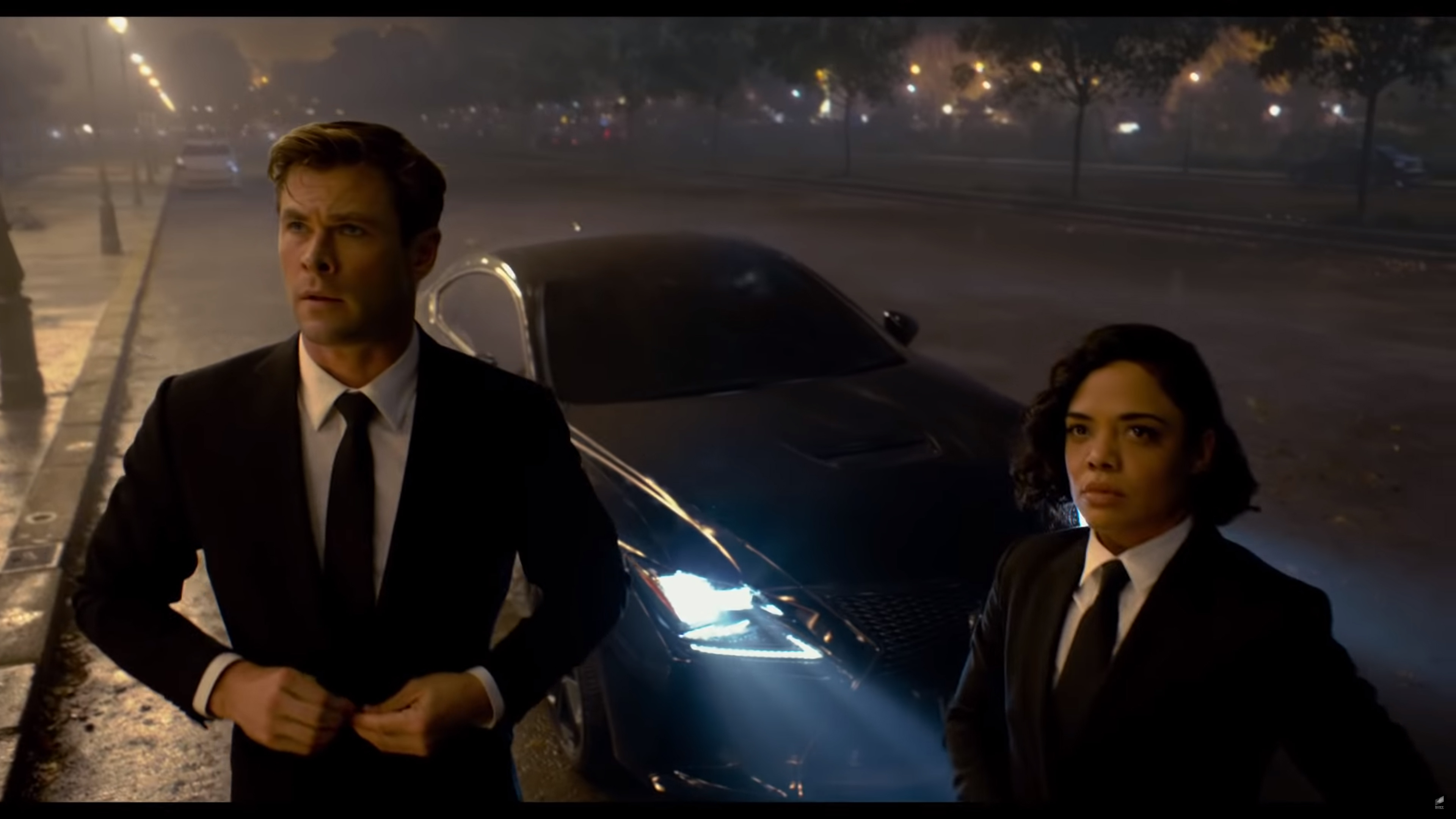 4db96b01f36 Men In Black International Gives the Lexus RC F and Jaguar XJ6 Some  Much-Needed Screen Time
