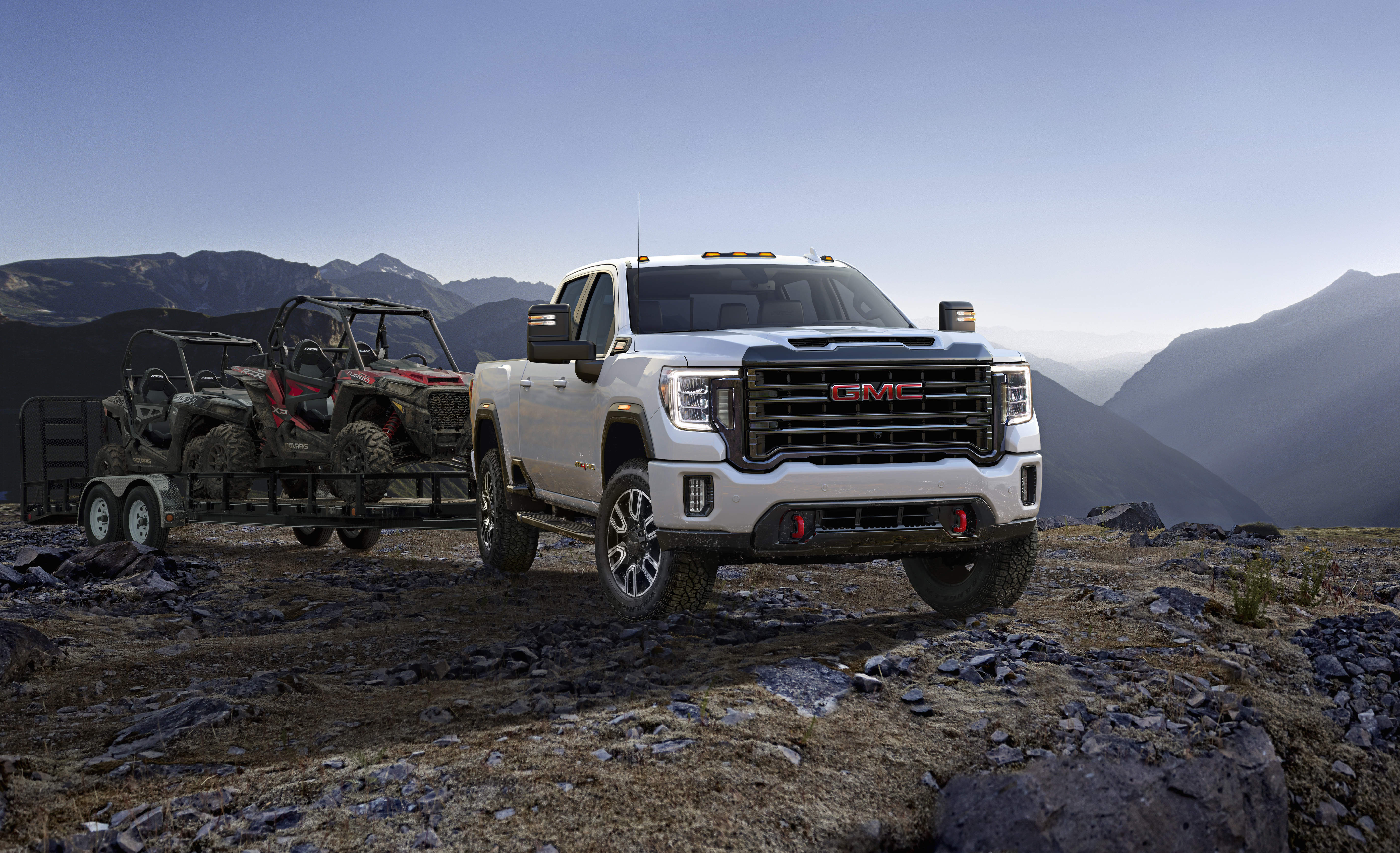 2020 gm 6 6 gas engine towing capacity