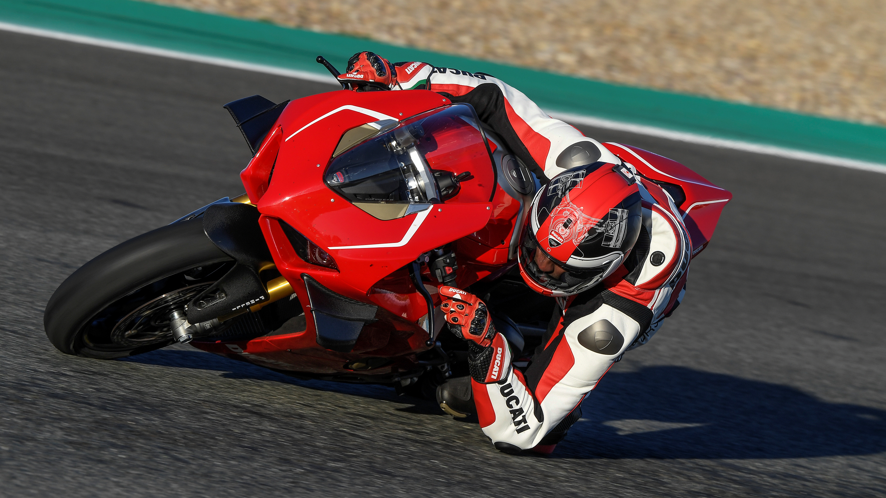 2019 Ducati Panigale V4 R | Top Speed