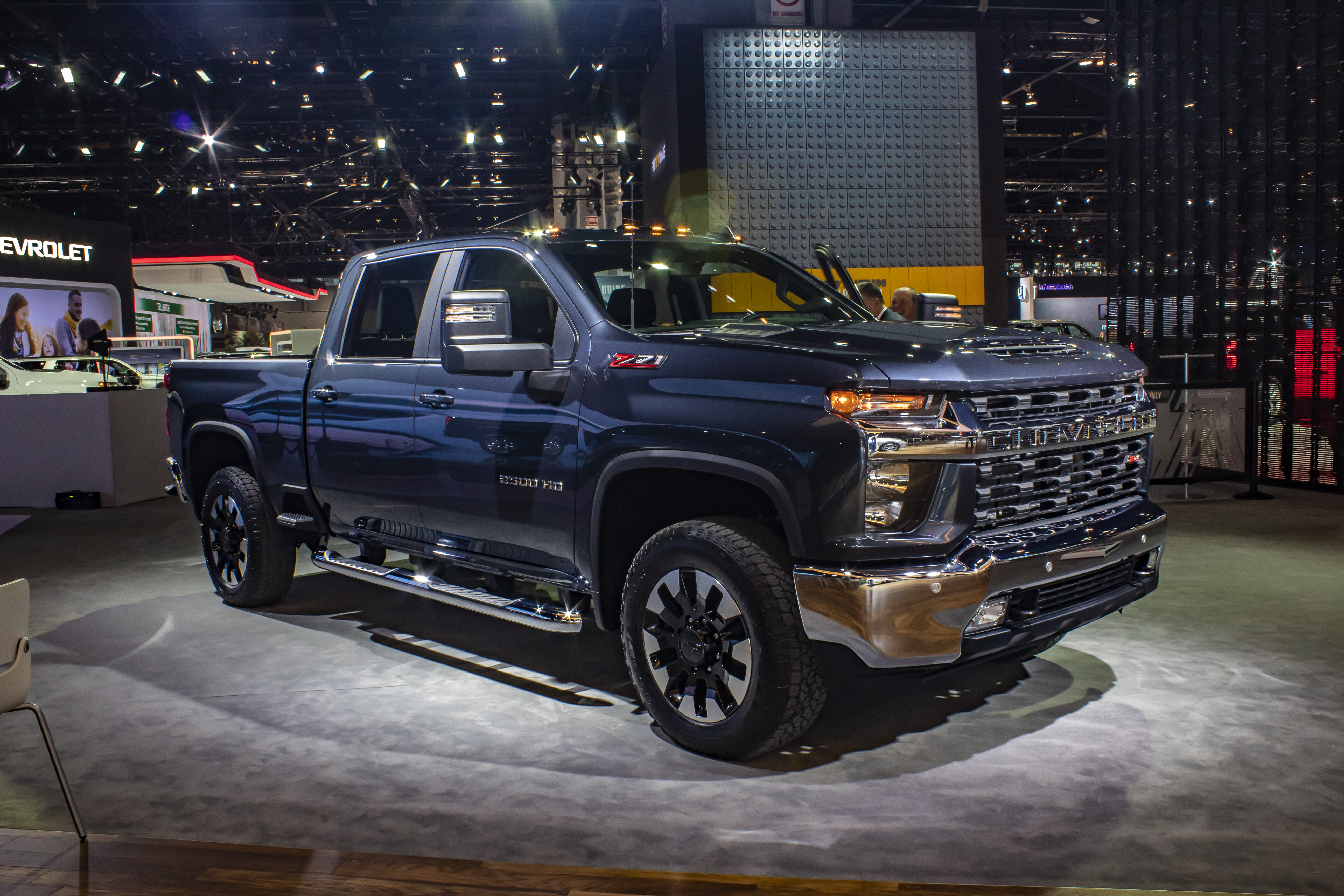 2020 Chevrolet Silverado 2500 HD LT Pictures, Photos ...