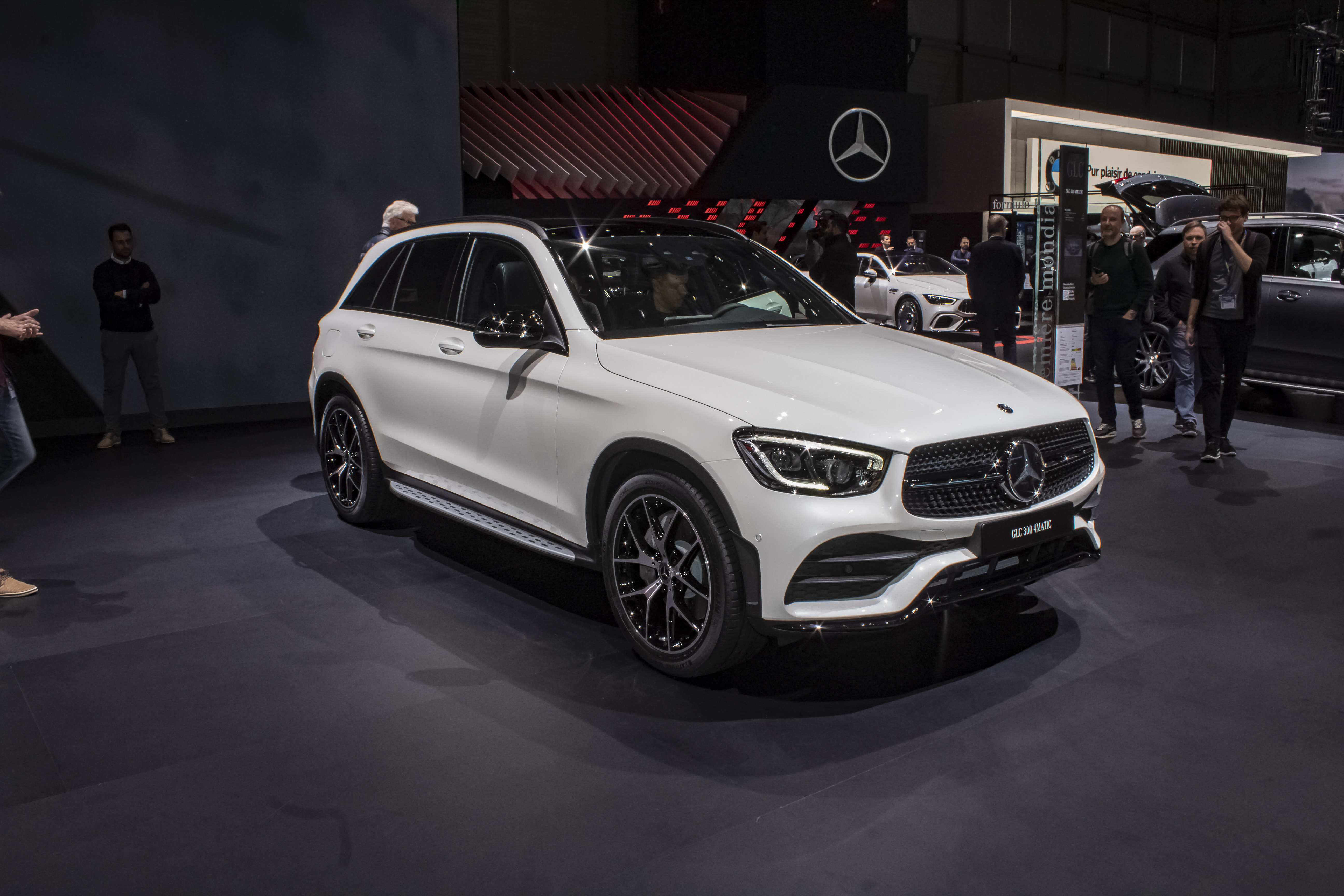 Mercedes GLC-Class: Latest News, Reviews, Specifications