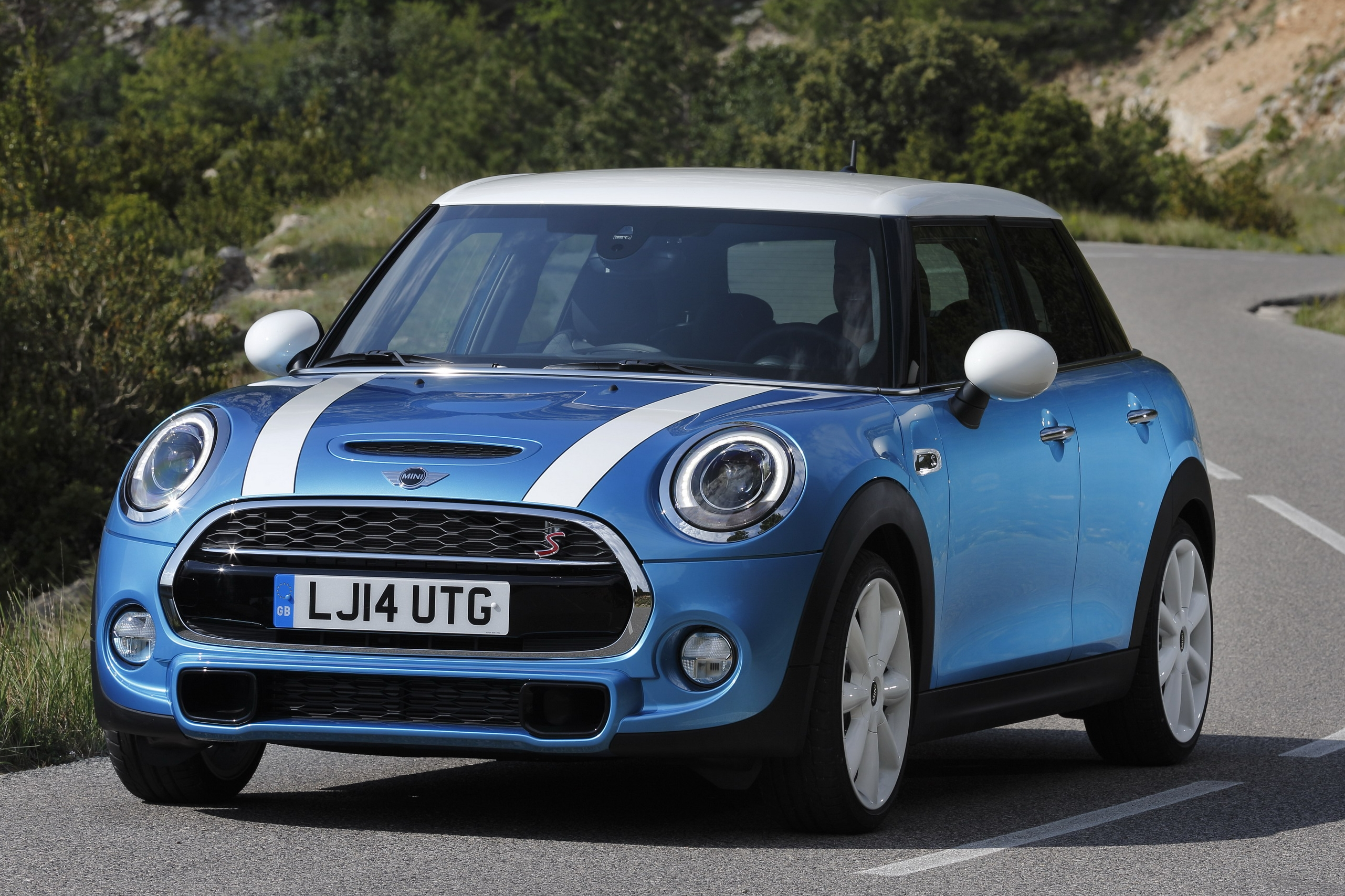 2019 MINI Cooper 5D Hatchback With Sport Pack