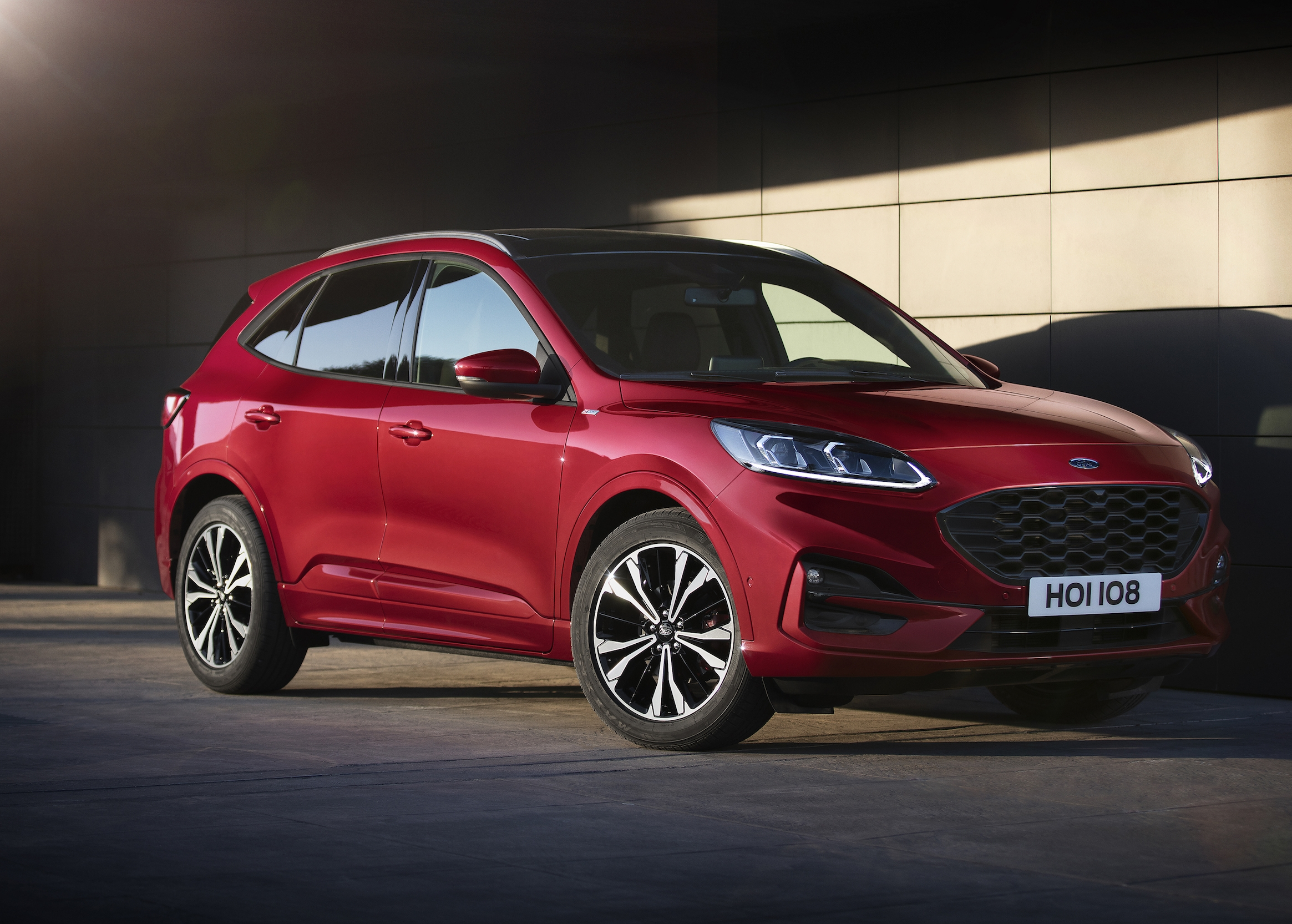 2020 Ford Kuga Revealed With Range Of Electrified Powertrain Options | Top Speed