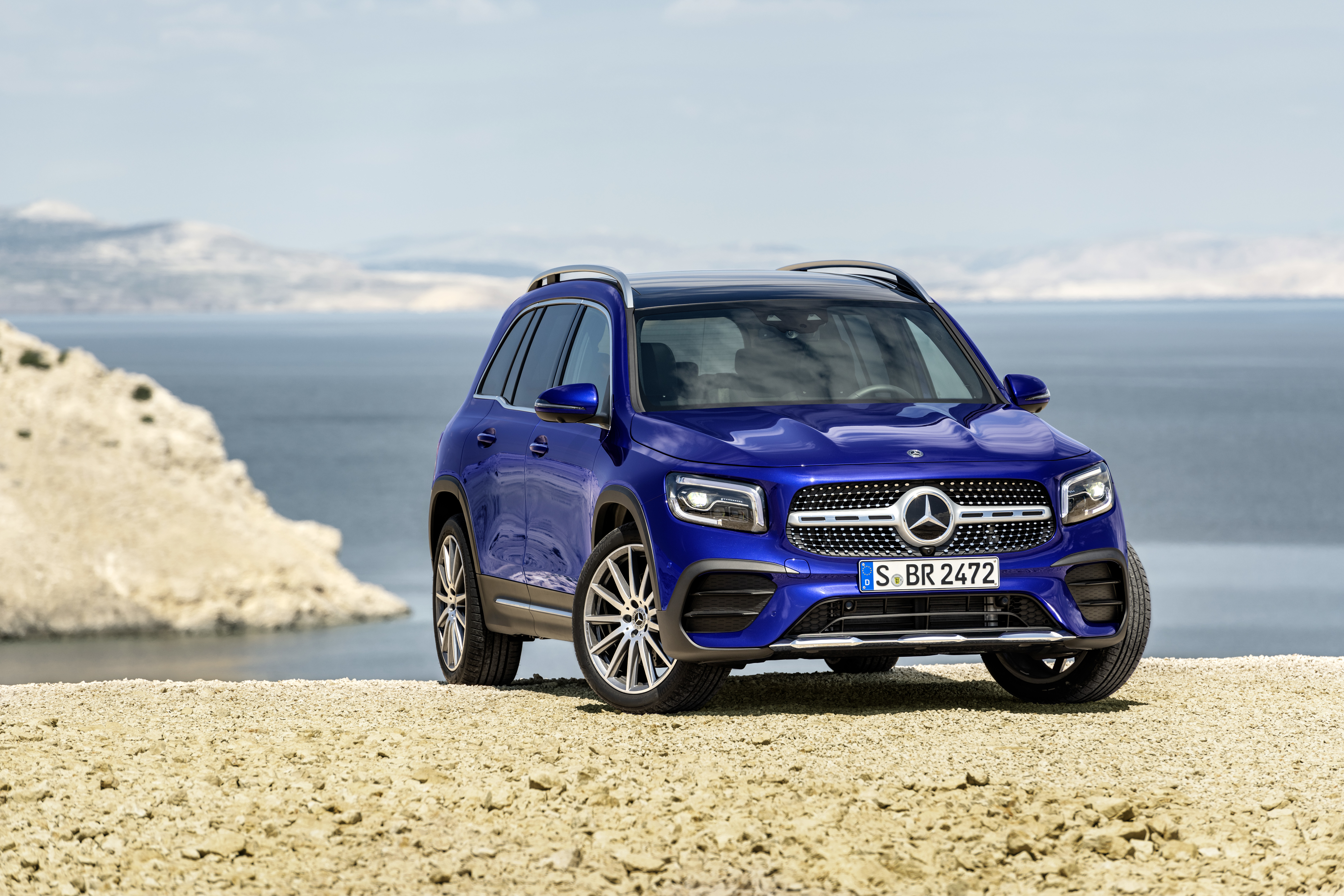 2020 Mercedes-Benz GLB: Specs, Design, Price >> Mercedes Glb Class Latest News Reviews Specifications