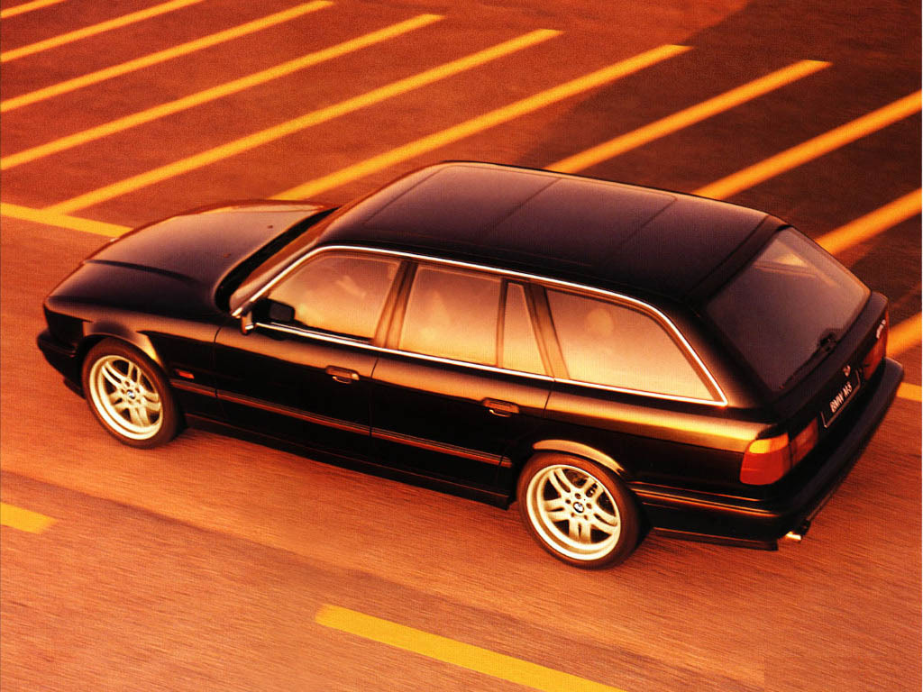 Someone Seriously Has Some Crazy Mclaren F1 Powered E34 Bmw M5 Wagon Top Speed
