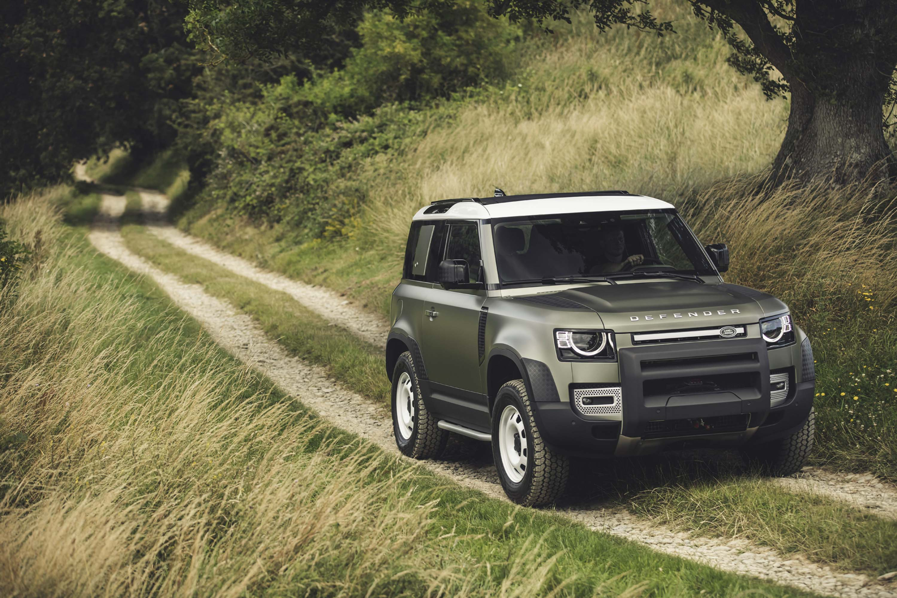 2020 Land Rover Defender Quirks And Features Top Speed