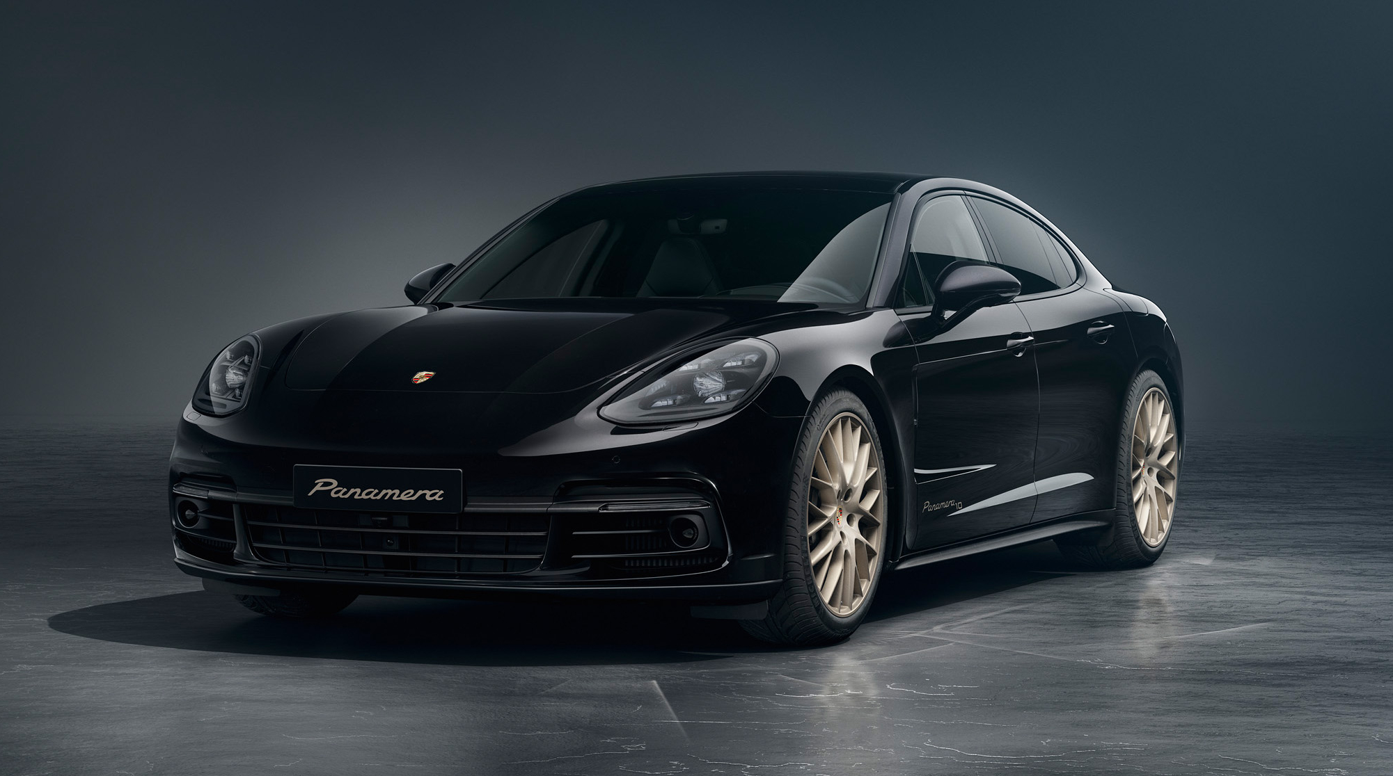2020 Porsche Panamera 10 Years Edition Pictures, Photos